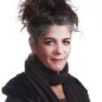 """<img class=""""alignright"""" src=""""http://heb.daam.org.il/wp-content/uploads/2012/12/5_orly.jpg"""" alt="""""""" width=""""122"""" height=""""184"""" />ילידת 1965, גדלה בבארות (הקיבוץ הדתי) להורים ניצולי שואה. לאחר שירותה הצבאי עברה לירושלים ולמדה בבית הספר לתיאטרון חזותי. היא אמא חד הורית לבת. ב- 1990 עברה לתל אביב, עבדה בטלוויזיה, היתה אחראית על הסרטים הדוקומנטריים בקשת, ומשנת 2004 היא יועצת אמנותית לקרנות קולנוע. בינואר 2012 הקימה יחד עם יגאל שתיים את """"מרק לוינסקי""""- התארגנות אזרחית התנדבותית למען הפליטים בגינת לוינסקי בתל אביב, והדליקה בשמם משואה בטקס העצמאות האלטרנטיבי במאי השנה. היא פעילה שנים רבות במאבק נגד הכיבוש ולמען זכויות הפלסטינים. התוודעה לדעם בתנועת המחאה של קיץ 2011."""
