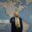 """העובדה שתומס פרידמן, יהודי אמריקאי, בעל טור חשוב בניו יורק טיימס ואוהד של ישראל, מעז לבטא רעיון המסכן את """"אופייה היהודי והדמוקרטי של ישראל"""" נובעת מהתובנה הרואה את המהפכה הטכנולוגית כמחוללת שנויים בכל התחומים, ומכריחה אותנו לחשוב מחדש על המוסכמות המושרשות בנו מאז קום המדינה."""
